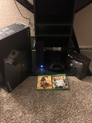 Xbox one x 4K all cables with two games and elite series 2 controller for Sale in San Bernardino, CA