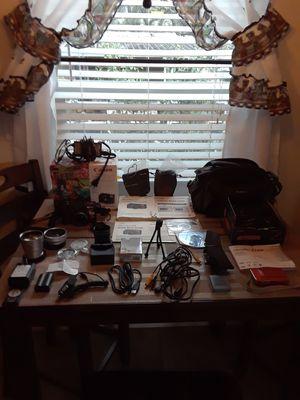 2 digital camaras for Sale in Payson, AZ
