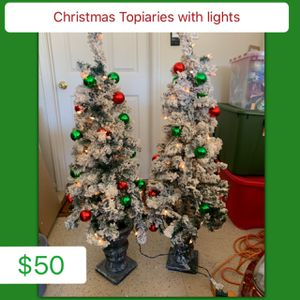 Christmas Topiaries with lights for Sale in Houston, TX