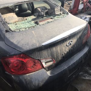 Parts For Infinity 2004 Por Partes for Sale in Fresno, CA