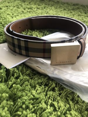 Burberry belt 100% authentic for Sale in Miramar, FL