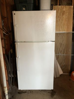 GE TBX18 Refrigerator for Sale in Herndon, VA
