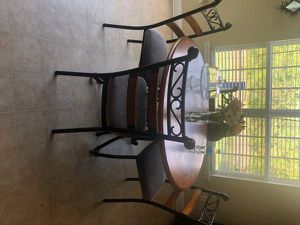 Kitchen table with chairs for Sale in Charlotte, NC
