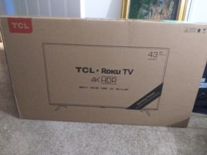 """TCL Roku Smart TV 43"""" for Sale in Portland, OR"""
