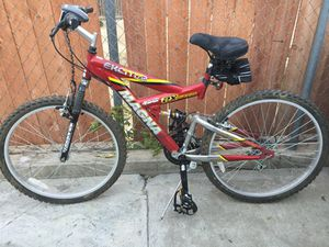 Magna mountain Bike for Sale in Bloomington, CA