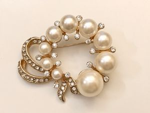 Elegant pearl style brooch/pin for Sale in Sykesville, MD
