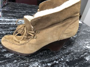 Michael Kors Boots size 10 like new for Sale in Ranson, WV