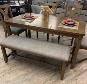 6-Pc Breakfast Kitchen Table w/ 4 chairs and bench for Sale in Houston, TX
