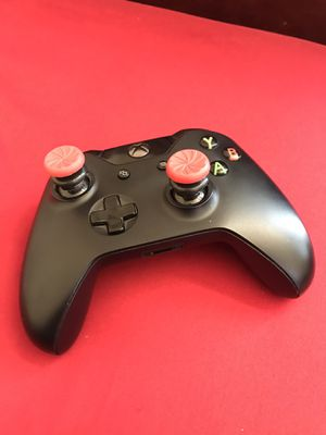 Xbox One Controller with Kontrol Freek Thumbsticks for Sale in San Diego, CA