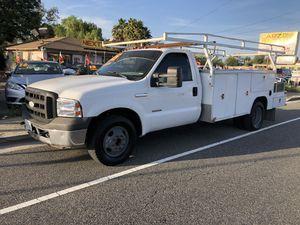2005 Ford F350 Diesel utility truck EZ Financing! for Sale in Riverside, CA