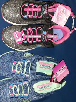 Sketchers Girls Sneakers for Sale in Tampa,  FL