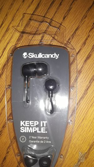 Skullcandy earbuds for Sale in Wichita, KS