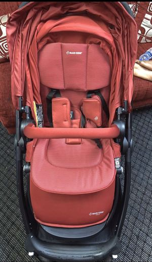RED MAXI COSI STROLLER for Sale in Queens, NY