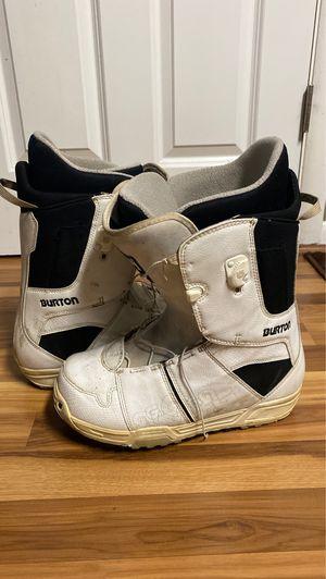 Burton snowboard boots Men's size 11 for Sale in Kalamazoo, MI