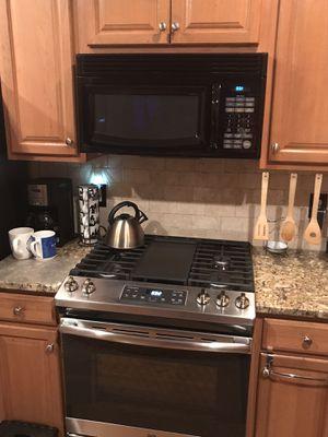 Over The Range Microwave for Sale in Atlanta, GA