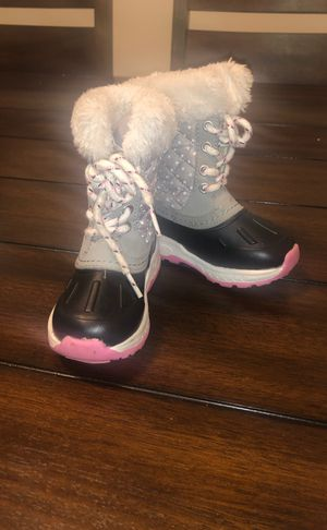 Carters Size 6 Girls Boots for Sale in Garrison, MD