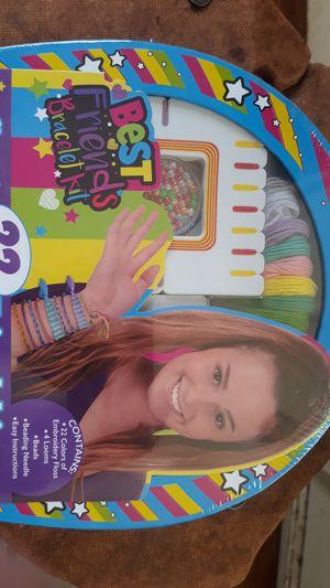 Best Friends Bracelet Kit, New, Ages 7+ for Sale in Long Beach, CA