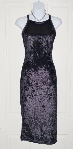 (FREE DELIVERY) *new* black velvet sleeveless bodycon dress (fits S-to-M size) for Sale in Las Vegas, NV