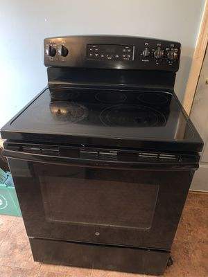 Electric stove for Sale in Gaithersburg, MD