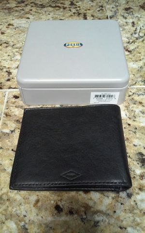 Real FOSSIL Leather Wallet - Brown for Sale in Phoenix, AZ