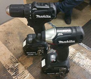 Makita 18 v drill for Sale in HOUSTON, TX