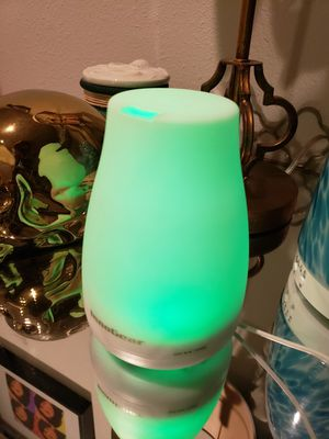 Aromatherapy oil diffuser lamp for Sale in Lawndale, CA