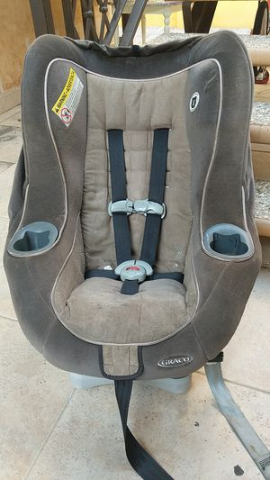 Graco car seat for toddlers+ for Sale in Los Angeles, CA
