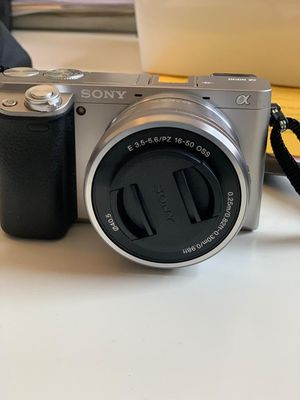 Camera: NEW Sony a6000 for Sale in Jersey City, NJ