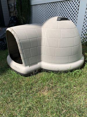 Large Dog Igloo for Sale in Ashburn, VA