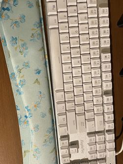 Wired Keyboard for Sale in Gardena,  CA
