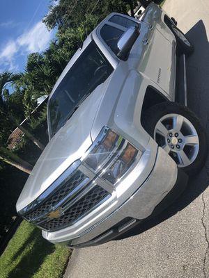 2015 Chevrolet Silverado for Sale in Pompano Beach, FL