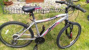 Bike size 24 for Sale in Los Nietos, CA