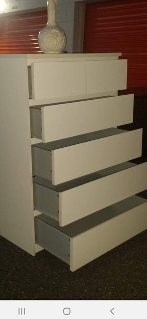 IKEA MALM 6 DRAWER CHEST GOOD CONDITION for Sale in Fairfax, VA
