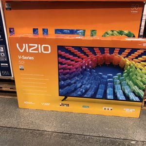 Vizio 60 inch 4K TV smart with warranty for Sale in San Fernando, CA