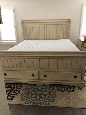 Rustic California King Bedroom Set for Sale in Chula Vista, CA