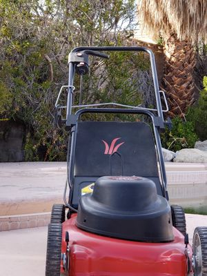 Like NEW 19 YARD MACHINE Electric Lawn MOWER **MAKE an OFFER** for Sale in Las Vegas, NV