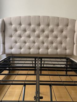 Twin Bed With Headboard Great color! for Sale in Beverly Hills,  CA