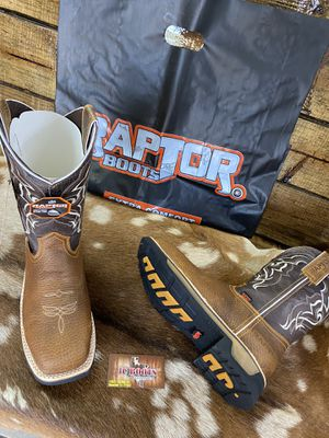 Raptors boots/ for Sale in Houston, TX