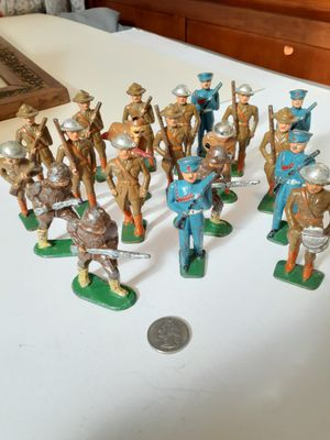 "$75! 20 antique steel army men toy figures 3"" for Sale in Tacoma, WA"