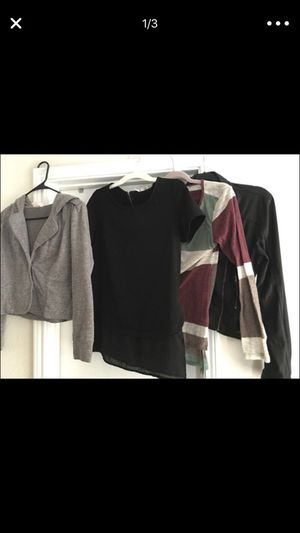 Women's tops and sweaters ! Size M for Sale in Dallas, TX