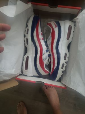"""NIKE AIR MAX 95 """"USA"""" White Gym Red Deep Royal Blue for Sale in Kernersville, NC"""