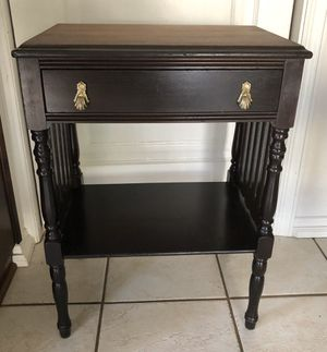 Beautiful Antique One Drawer Nightstand / Accent Table for Sale in Long Beach, CA