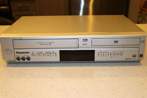 Panasonic PV-D4744S DVD/VCR Combo VHS Player/Recorder DVD Player NO Remote for Sale in Whittier, CA