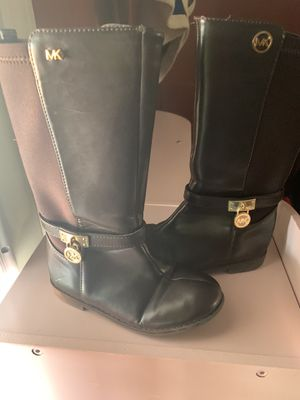Michael Kors little girl boots for Sale in Fresno, CA