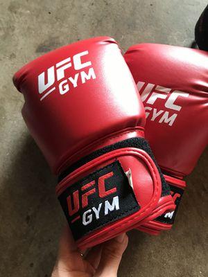 UFC gloves for Sale in Wahiawa, HI