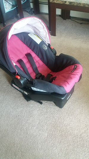 Graco baby car seat for Sale in Albany, NY