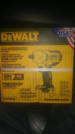 "DeWalt 1/2"" 20V XR Precision Wrench for Sale in Seattle, WA"