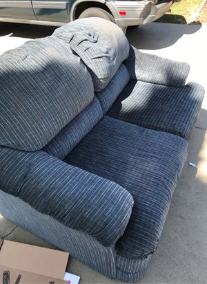 Free couch for Sale in Soledad, CA