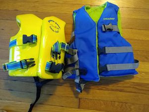 Kids swim vest and life vest for Sale in South Corning, NY
