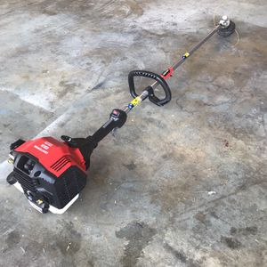 Craftsman Gas Trimmer 30cc 4 Cycle for Sale in Lancaster, CA